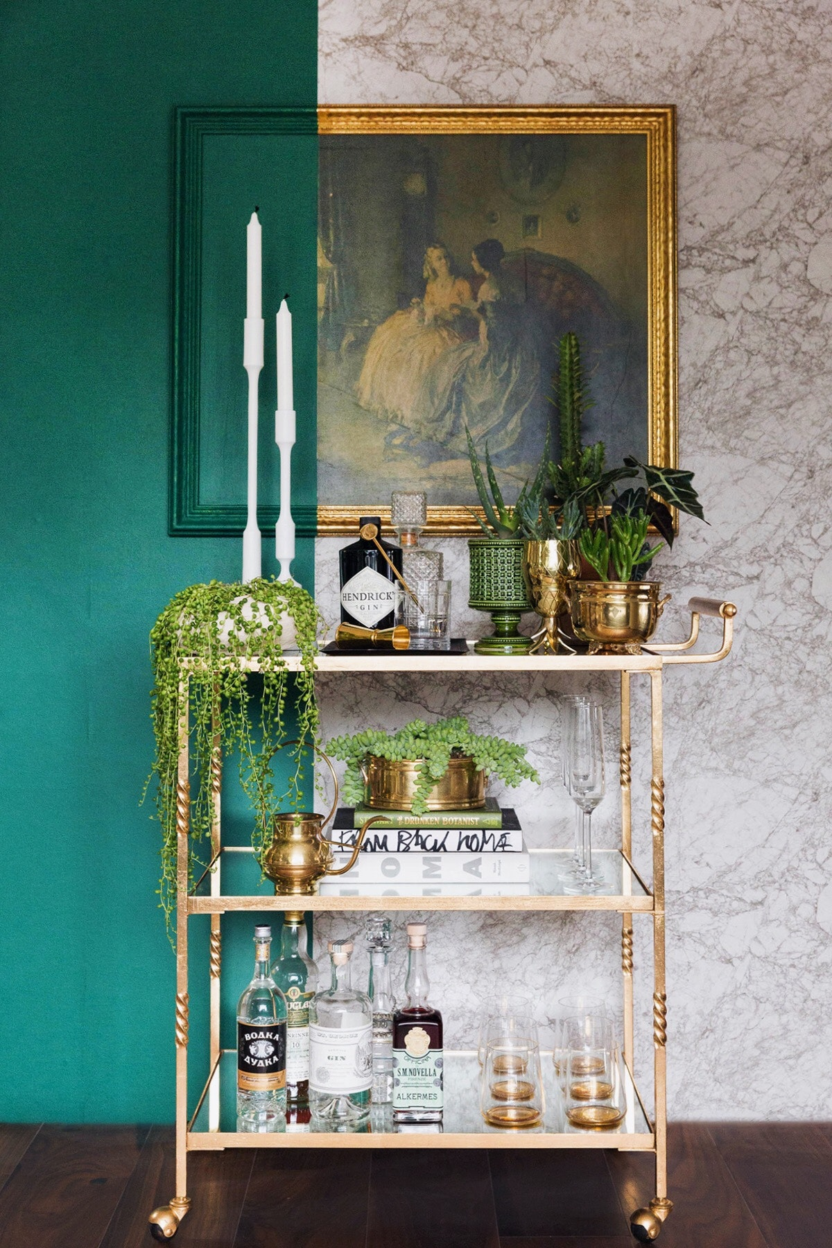 Get a Small Home Bar Today W: These Brilliant Ideas!