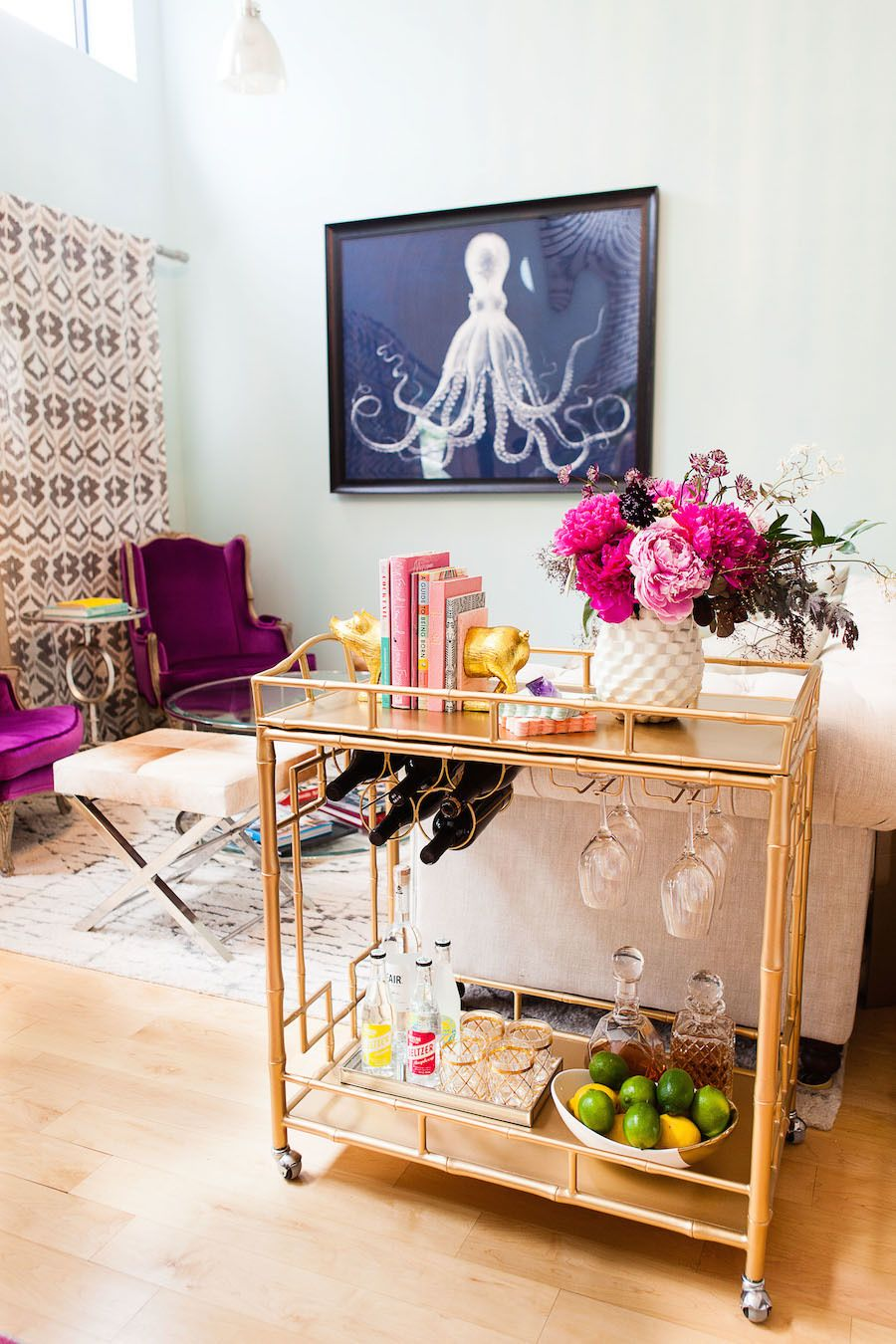 10 Bar Carts for Small Spaces That Will Change Your Decor Forever_1