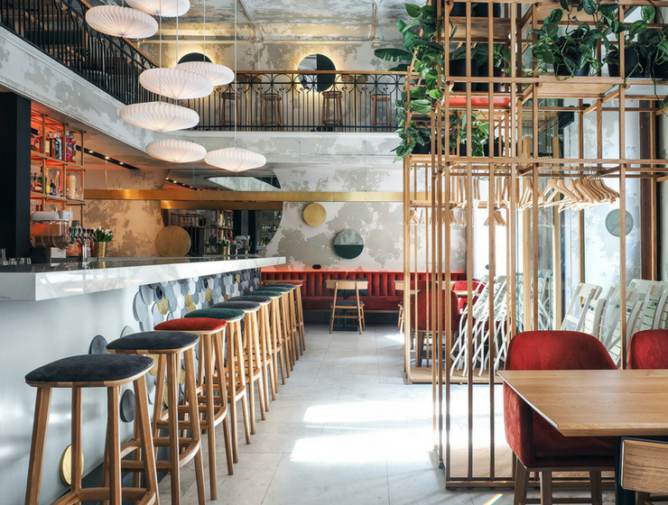 An Asian-Inspired Bar in St. Petersburg Where Color Meets Fun
