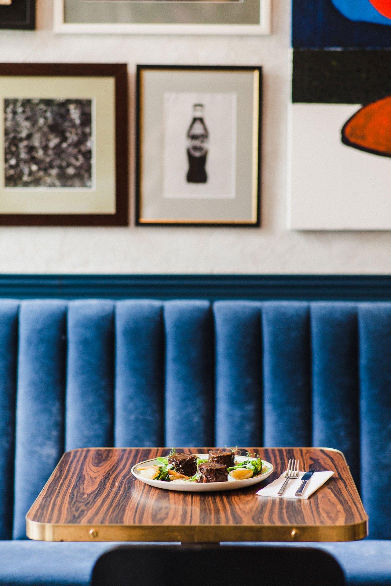 A Kraków Restaurant Decor with Lush Velvet Accents