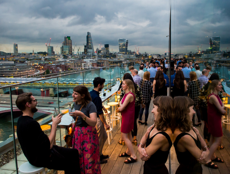 Rooftop Bars in London that Will Blow Your Mind! capa