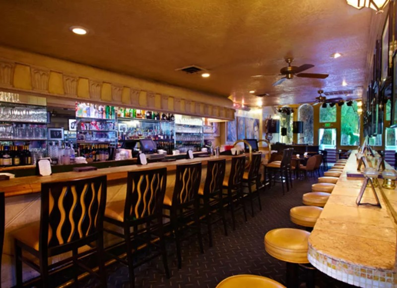 5 Essential Bars In Palm Springs For An After Dinner Cocktail