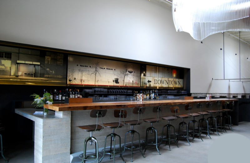 best bars to visit in san Francisco, bars in san Francisco, bar decor, modern interior design, industrial interior design