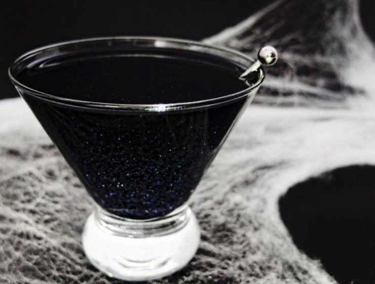 Halloween Cocktails That Will Impress (And Spook) Your Guests
