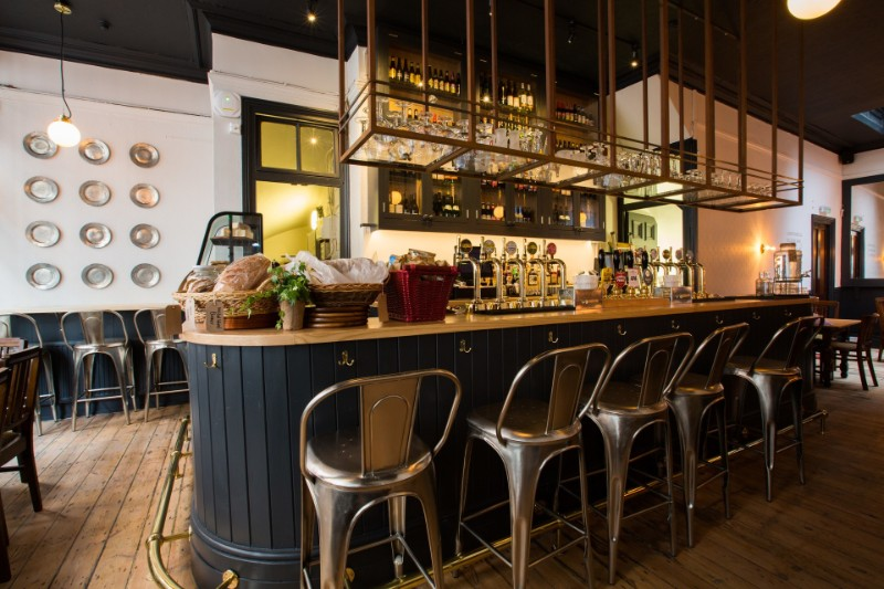 Spooky Bars You Will Want To Have An Halloween Party On