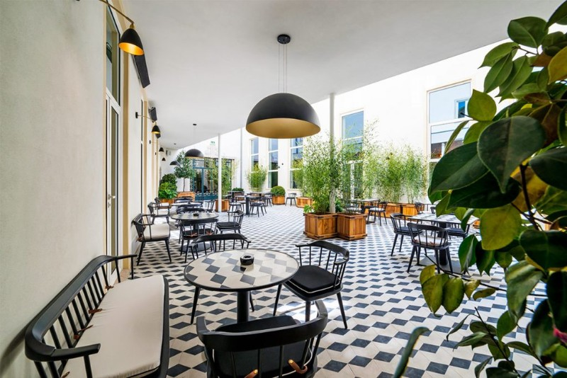 Vogue Has Come To Porto In A Irresistible And Sophisticated Restaurant