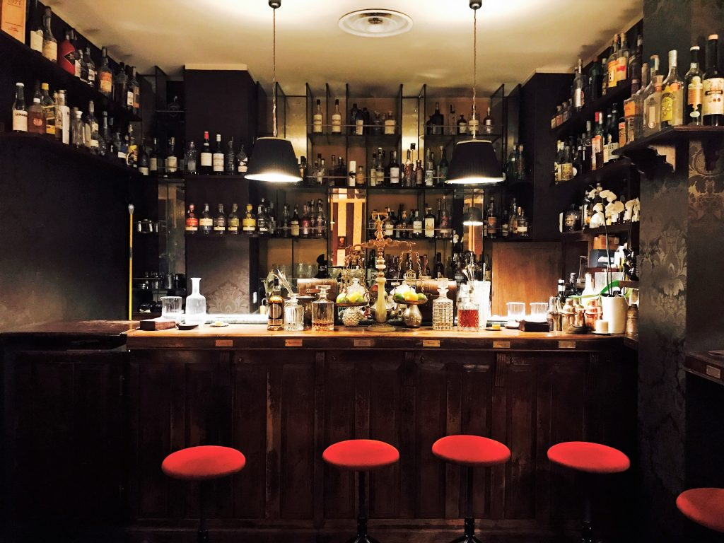 These 8 Bars In Milan Are A Wonder Of Design And Italian Nightlife_7