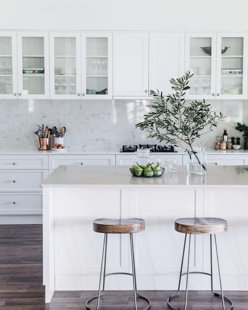 7 Cool Modern Kitchens You'll Want This Spring_5