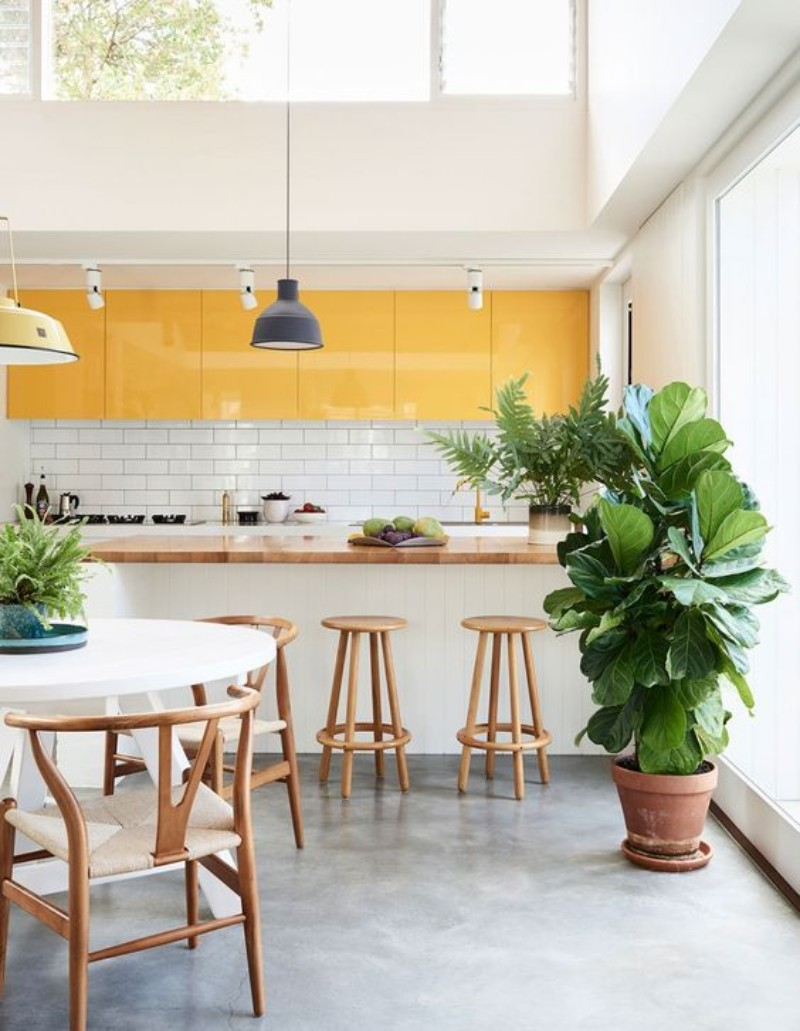 7 Cool Modern Kitchens You'll Want This Spring_6
