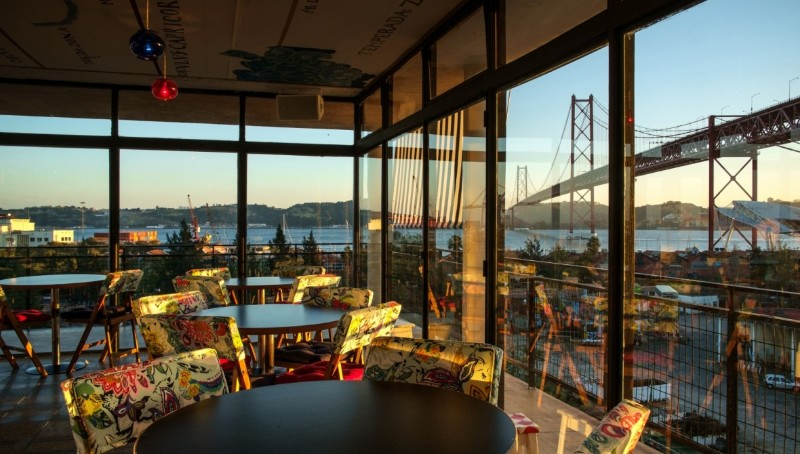 Our Top 10 Bars In Lisbon You Need To Enjoy This Summer_5