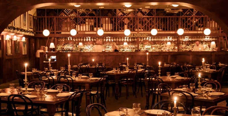 Vintage Restaurants Around The World You Should Check Out ; Hubert restaurant 2