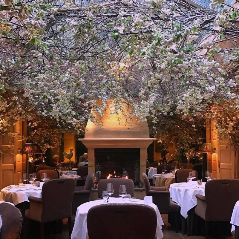 Best Restaurants In Europe To Surprise Her For Mother's Day (1)
