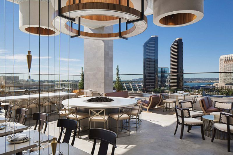 The Best Rooftop Bars Around The World To Hit This Summer (5)