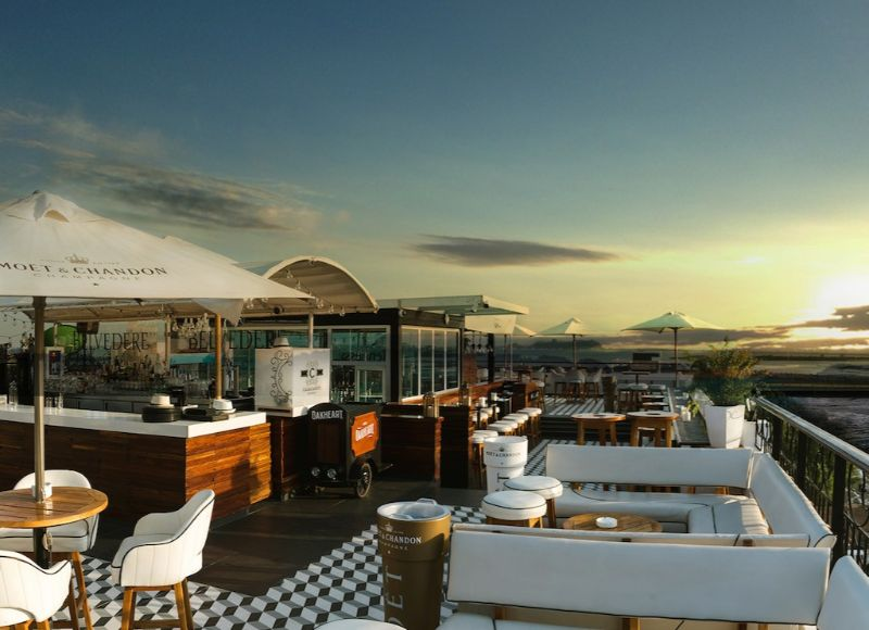 The Best Rooftop Bars Around The World To Hit This Summer (6)