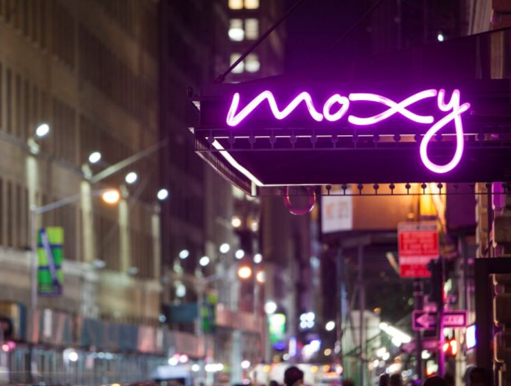 Moxy- A New York Bar That'll Take Your Breath Away_1