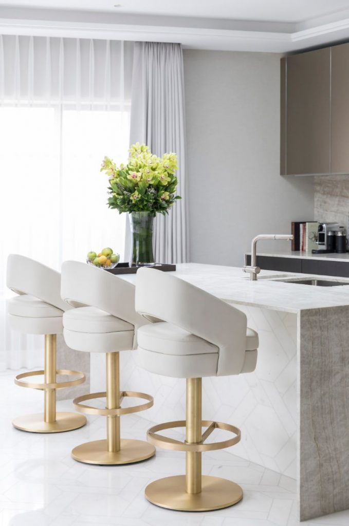 What Makes The Perfect Bar Stool For Your Home_5
